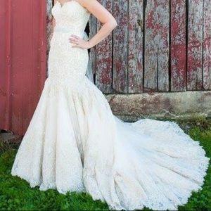 Allure Bridal Sz 10 Gown